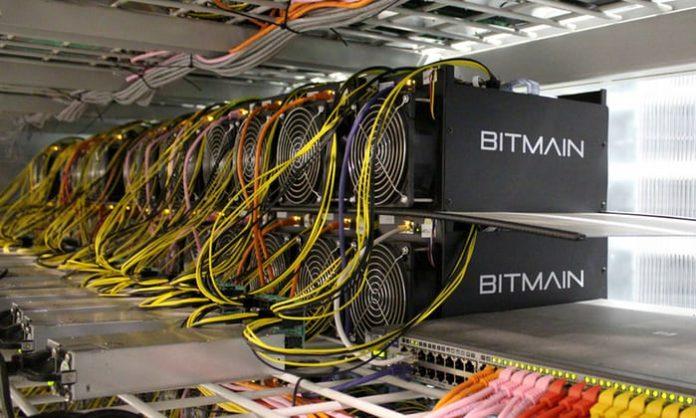 bitcoin bányászat otthon