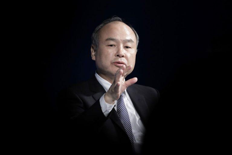 83 millió dollár felsővezetői fizetésekre a SoftBanknál? Igen!