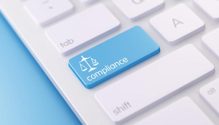 Compliance és támogató funkciók kisokosa – bemutatjuk a Védelmi Vonalak podcastet