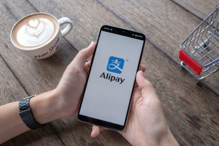 Szuperappok a világban 4. rész – Alipay